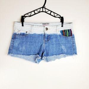 Hot Kiss | {CiCi Short} Boho Bleached Shorts